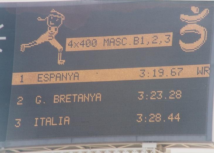4X400 scoreboard Barca 1992